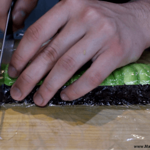cutting-a-sushi-roll-with-a-japanese-knife